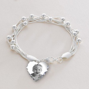 beautiful-bracelet-with-photo-charm-and-engraving-5256-p